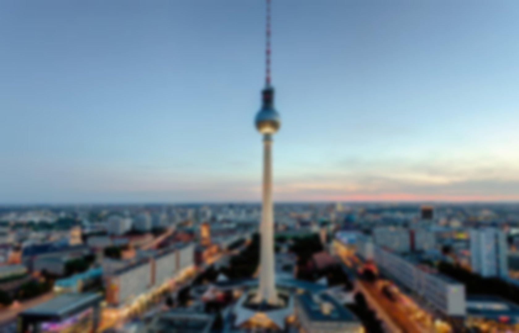 Moonscape H2O   Berlin Nightlife (berlinnightlife